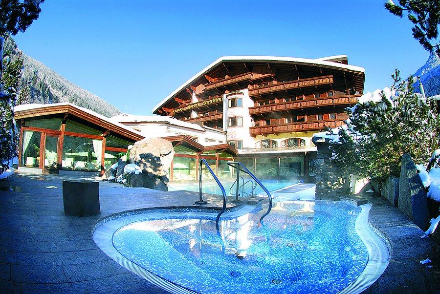 Relais ch teaux spa hotel jagdhof neustift im stubaital for Design hotel stubaital